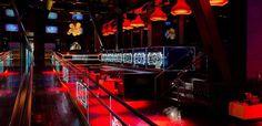 Chateau Nightclub At Paris Las Vegas. Las Vegas Hotel Deals, Paris Las Vegas, Vegas Bachelorette, Outside Room, Las Vegas Strip, Beer Garden, Outdoor Rooms, Night Club, Wedding Vows