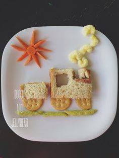 Buggie and Jellybean: We Play With Our Food of ideas on the board Cute Snacks, Fun Snacks For Kids, Cute Food, Good Food, Food Art For Kids, Cooking With Kids, Toddler Lunches, Toddler Food, Creative Snacks