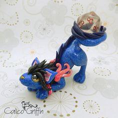 Cayo Dragon - clay sculpture - Premo Sculpey green brown handmade figurine decoration art dragon dragons claydragon dice d20 calicogriffin