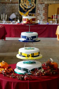 Harry Potter wedding cakes!                                                                                                                                                                                 More