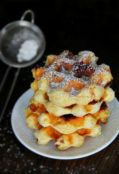 cinnamon swirl biscuit waffles