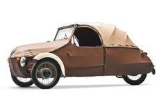 Microcar Mondays, Pt I Microcar, Weird Cars, Cool Cars, Strange Cars, Le Tricycle, Jaguar Type E, Trike Scooter, Automobile, Side Car