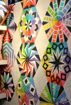 Dear Stella, Arcadia Avenue quilt by Sassafras Lane Designs. Quilt Market – Fall 2014 – photo by ModernHandcraft