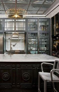 Grey and Black + GOLD. の画像|Modern Glamour モダン・グラマー NYスタイル。・・BEAUTY CLOSET <美とクローゼットの法則>