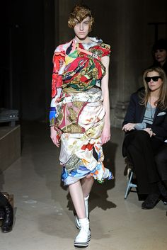 Comme des Garçons Fall 2011 Ready-to-Wear - Collection - Gallery - Style eb45d6c969e