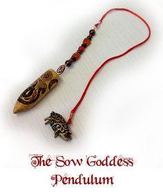 The Sow Goddess Pendulum Cerridwen pagan by MoonsCraftsUK on Etsy, Goddess Of The Underworld, Love Is My Religion, Moon Crafts, Pagan Witchcraft, Wiccan Crafts, Triple Goddess, Nativity Crafts, Asatru, Handmade Copper