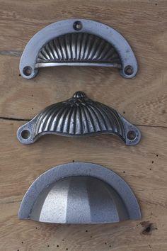 Pewter Traditional Door Pulls http://www.priorsrec.co.uk/door-furniture/cupboard-knobs/pewter-cupboard-knobs/c-p-0-0-3-15-84