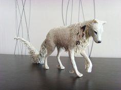 Statua del lupo bianco  originale a mano OOAK di MyCreatures