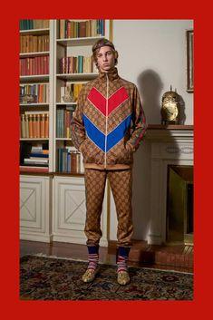 a619b6b21e5 Gucci Pre-Fall 2018 Menswear Collection
