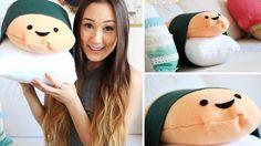 DIY Sushi Pillow Plush  You will need: White & Orange Fleece, Dark Green Fabric, Hot Glue Gun, Stuffing.