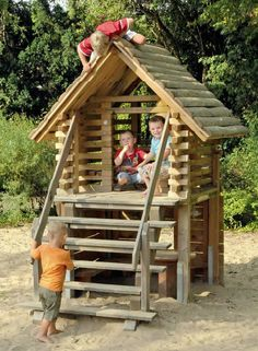 Two Storey Play House (Stiliom)