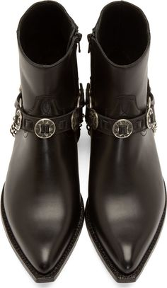 Saint Laurent for Men Collection Mens Shoes Boots, Mens Boots Fashion, Sock Shoes, Shoe Boots, Men's Boots, Saint Laurent Stiefel, Saint Laurent Boots, Chelsea Boots Outfit, Harry Styles