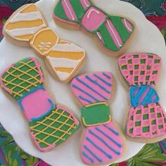 Bow Tie Cookies - perfect for a Kentucky Derby themed party! Derby Time, Derby Day, Bow Tie Cookies, Sugar Cookies, Bow Cupcakes, Run For The Roses, My Old Kentucky Home, Southern Charm, Southern Prep