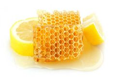 honey for acne offers you a selection over 10 different, all natural remedies that will help bring your face to perfection. Natural Acne Treatment, Natural Acne Remedies, Getting Rid Of Freckles, Honey For Acne, Fruit, Health, Food, Gift Ideas, Night