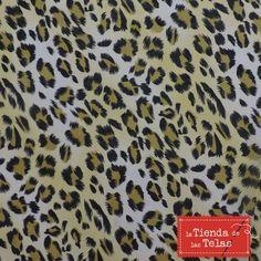 """Gasa estampada 8,99€/m (1,50m/ancho) No te olvides de sumarte a la tendencia """"animal print"""", una de las claves para la moda de este otoño. http://www.latiendadelastelas.com/49-novedades"""