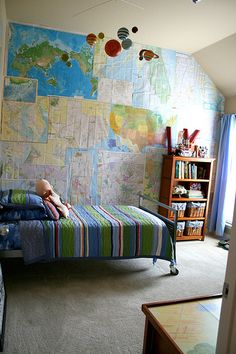 One of my readersasked me for some ideas for her son's bedroom. Having 4 sons of my own, this is probably one of the very few subjects I c...