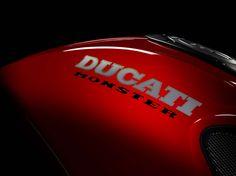 ducati monster 1100 evo | Motorradkatalog: DUCATI Monster 1100 Evo - Bilder und technische Daten ...