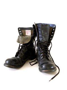 SALE Authentic wwii CORCORAN Jump Boots Black di aVintageVagrant