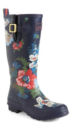 love these floral print rain boots! http://rstyle.me/n/qyydzr9te