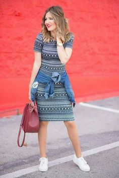 Fashion week dresses skirts ideas for 2019 Casual Dress Outfits, Curvy Outfits, Skirt Outfits, Classy Outfits, Trendy Outfits, Dress With Converse, Modest Fashion, Fashion Outfits, Skirt And Sneakers