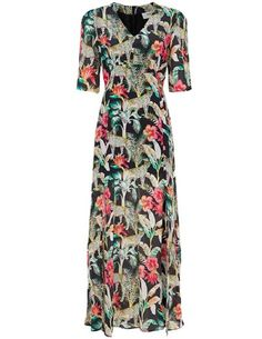 The Beatrice dress from Pyrus is a beautiful silk maxi dress in black with an amazing colourful jungle print, complete with stalking leopards! Dress Outfits, Fashion Dresses, Blouses Uk, Pyrus, Blouse Dress, Cheetah Print, Occasion Dresses, Personal Style, Silk