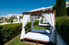 Cama balinesa de Fuerte El Rompido | Balinese bed | #Spain #holiday