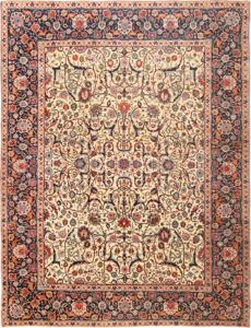 Antique Persian Tabriz Rug , Country of Origin / Rug Type: Persian Rugs, Circa Date: 1920  9 ft 4 in x 12 ft 6 in (2.84 m x 3.81 m)