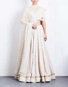 Ideas white wedding lengha bridal lehenga indian outfits for 2019 Banarasi Lehenga, Lehenga Skirt, Lengha Choli, Indian Lehenga, Anarkali, Pakistani, Sarees, Lehenga Designs, Indian Dresses