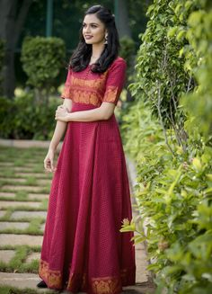 Saree Gown, Sari Dress, Anarkali Dress, Salwar Kurta, Lehenga, Indian Designer Outfits, Designer Dresses, Long Dress Design, Dress Designs