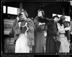 MELBOURNE CUP, DERBY AND OAKS DAY. FLEMINGTON RACECOURSE 1936.