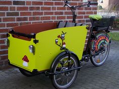 Babboe Big Deutschland Christiania Bike, Velo Cargo, Electric Box, Diy Robot, Pizza Delivery, Bike Art, Ghostbusters, Learn To Crochet, Bicycle