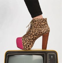 cheetah Jeffrey Campbell <3