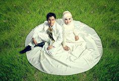 Khairudin & Istie Andaryati 'Pre Wedding Gaun & Kebaya'