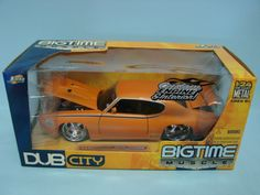 Jada Toys Bigtime Muscle Dub City 1969 Pontiac GTO Judge Orange 1/24 Scale Die Cast Car