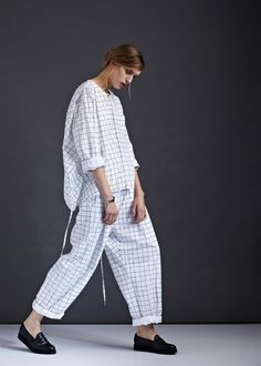Configuration Shirt by Kowtow. 2019 Configuration Shirt by Kowtow. The post Configuration Shirt by Kowtow. 2019 appeared first on Cotton Diy. Rare Clothing, Clothes For Sale, Clothes For Women, Mode Editorials, Minimal Fashion, Mode Inspiration, Editorial Fashion, Lounge Wear, Organic Cotton