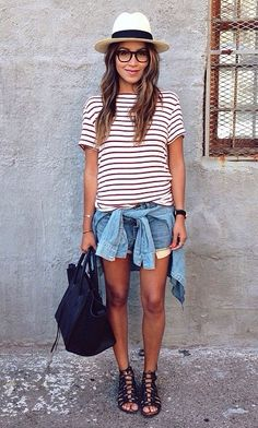 Adore this look. Love the sandals and the hat gives it a special touch<3.