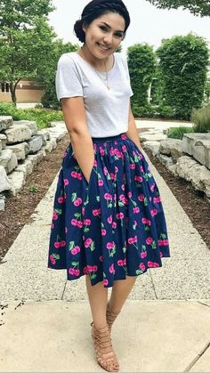 Spring outfits for going out best outfits skirt outfits modest, modest Skirt Outfits Modest, Midi Skirt Casual, Modest Dresses, Casual Skirts, Floral Skirt Outfits, Midi Skirt Floral, Long Skirt Outfits For Summer, Modest Wear, Summer Clothes