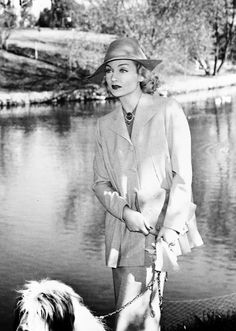 Carole Lombard, year unknown.  Wearing the star sapphire brooch.