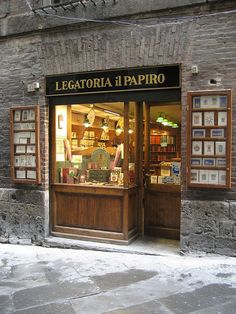 My favorite stationary store in Siena, Italy. Siena Italy, Florence Italy, Stationary Shop, Storefront Signs, Shop Windows, Shop Fronts, Visit Italy, Naples, Italy Travel