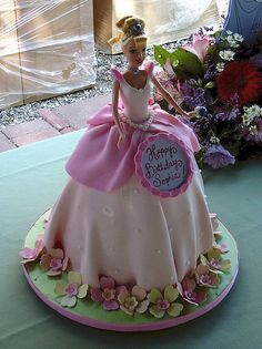 barbie cake by robynlovescake, via Flickr