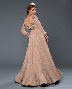 Disney Wedding Dresses, Hijab Bride, Pakistani Wedding Dresses, Street Hijab Fashion, Abaya Fashion, Flamenco Costume, Nigerian Weddings, African Weddings, Muslim Brides