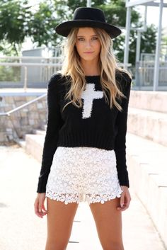 WANTED... Laced short