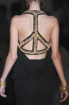 Make peace.. by Dittekarina @maryammm94 this looks like something you would wear!! :D #peace