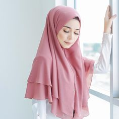 Photoshoot for Revlia Model by @dianfarra Photog by @Najarhusshakir Any product photoshoot direct whatsapp to 012-6689596 #product #photoshoot #online boutique #muslimah #fashion #photography #butik #malaysia #hijabstyle #muslimahdress # #hijabfashion #makeup #pretty #hijab #makeup #mua #model #womensfashion #ootd #butikonline #jubah #tudung #hijabfesyen #style #muslimahwear #muslimahmodel #fesyenmuslimah #bajukurung #butikmalaysia