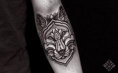#tattoo #Brian Gomes #woolf #geometric