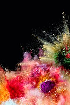 Color Splash theme   Liven up your desktop with cheerful explosions of color with our Color Splash theme.