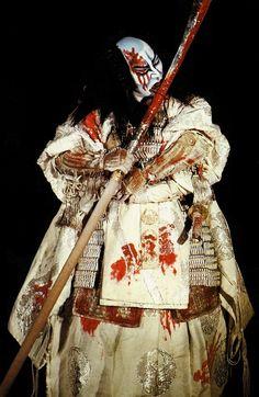 themagicfarawayttree:  red Kabuki