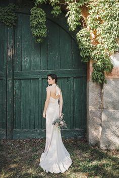 Sposa Boho Chic - Abito da sposa in seta color rosa cipria con schiena  scoperta 6b674693afce