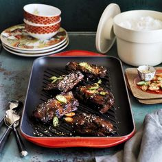 The double-burner-length cast-iron pan is perfect for family meals and when you're entertaining!