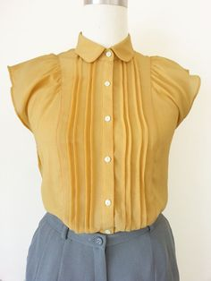 7b0792d98ad62 Japanese Vintage Blouse   Yellow Ruffle Sleeves Blouse   Sleeveless Blouse    Peter Pan Collar Blouse   Secretary Blouse   Size XS S